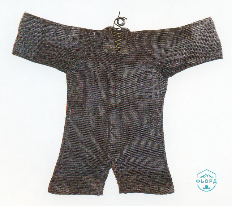 Кольчуга викингов с рунами