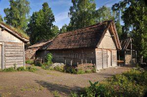 Реконструкция домов викингов в Бирке